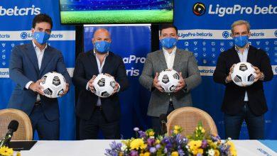 Photo of Betcris firma un histórico acuerdo con la Liga Profesional de Fútbol del Ecuador